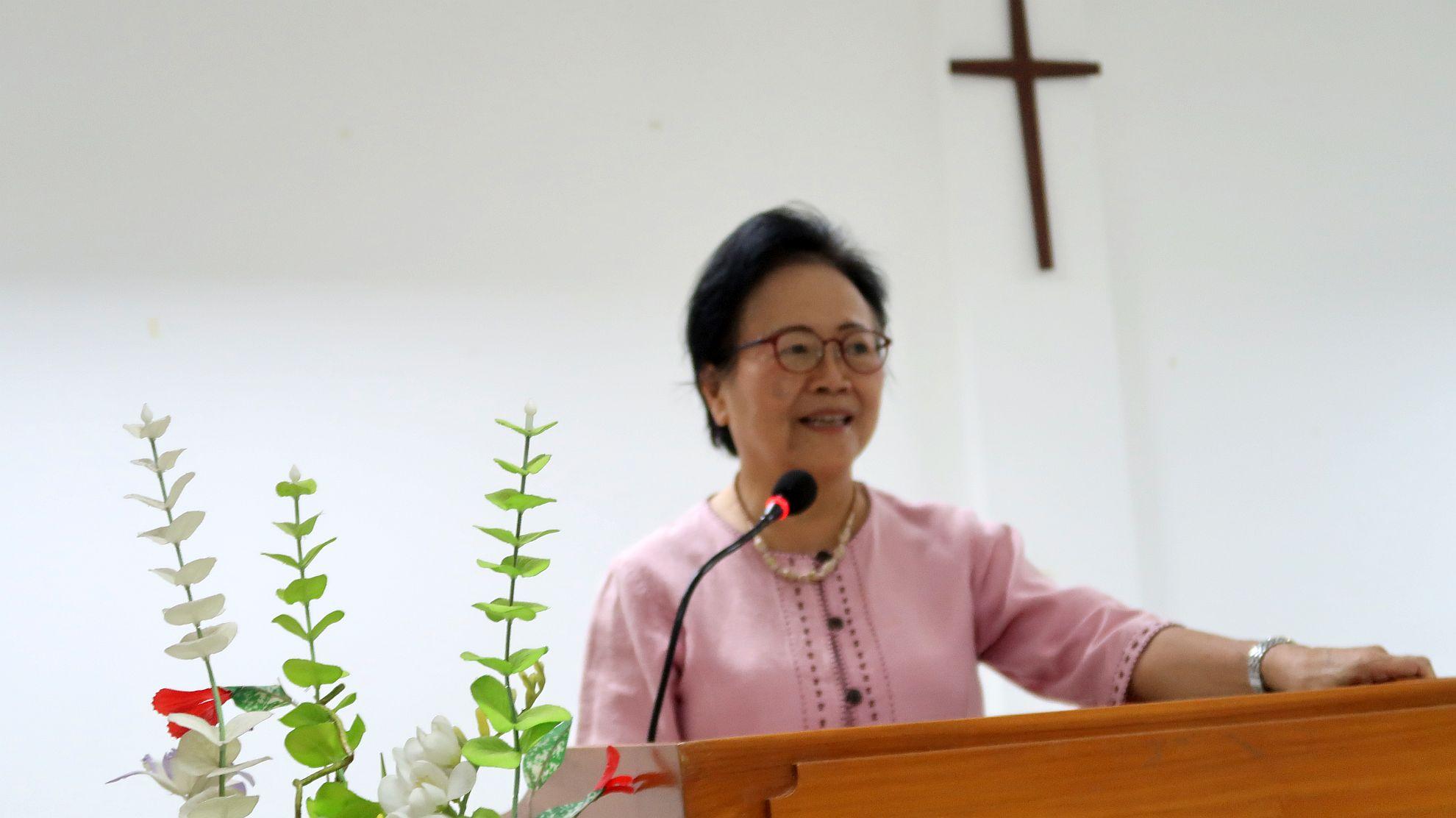 院牧郭貴珍牧師於開學培靈會上講道