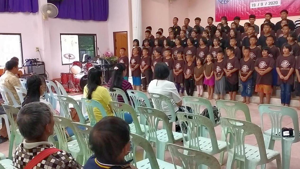 家長日學生獻唱