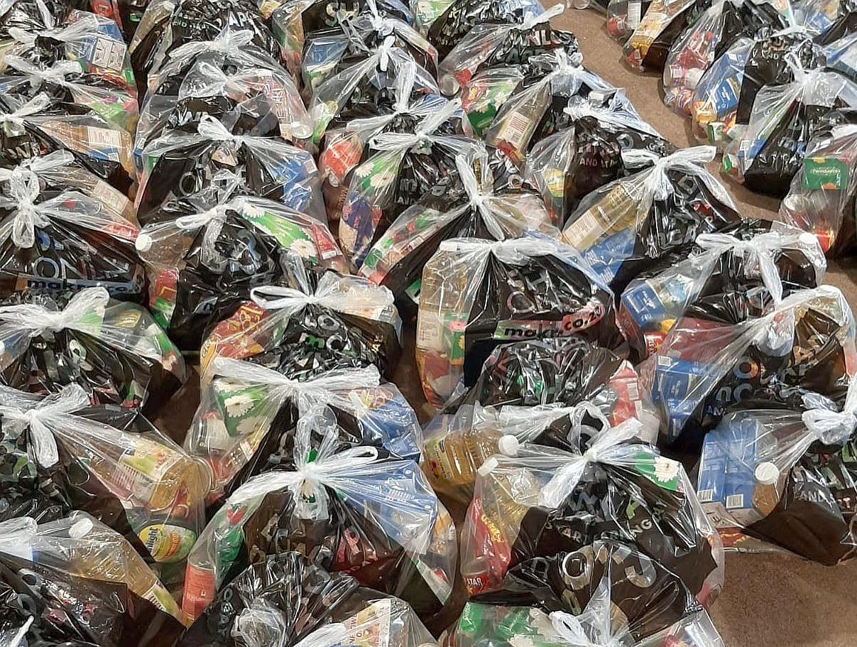 約堡福音教會發起募捐 預備分發的物資