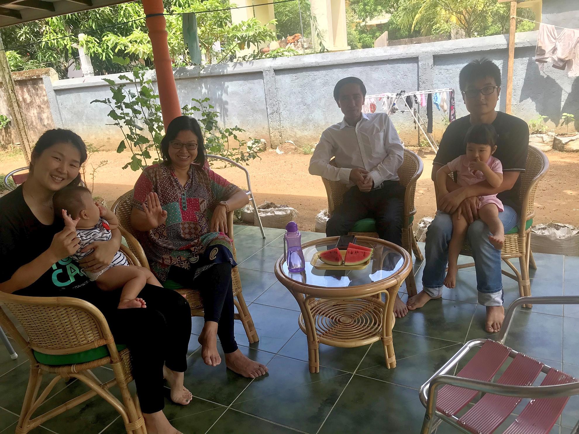 探訪華人家庭